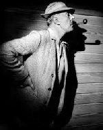 Status ef Jacques Tati